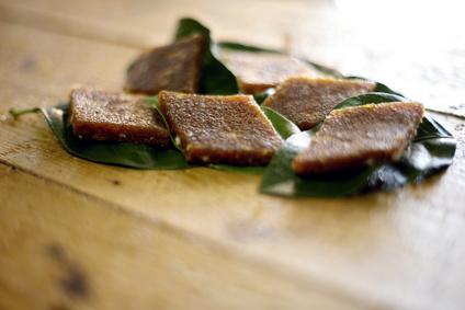 'Bottarga di Muggine su foglie' (Bottarga mullet on leaves)