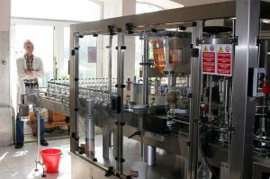Vodka bottling machine, Shatskaya Vodka (Shatsk, Russia) (Courtesy of Wikipedia Commons)