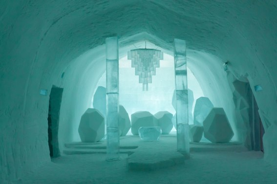 Ice furntiure and chandelier at the Icehotel in Jukkasjärvi, Sweden. - World on a Fork