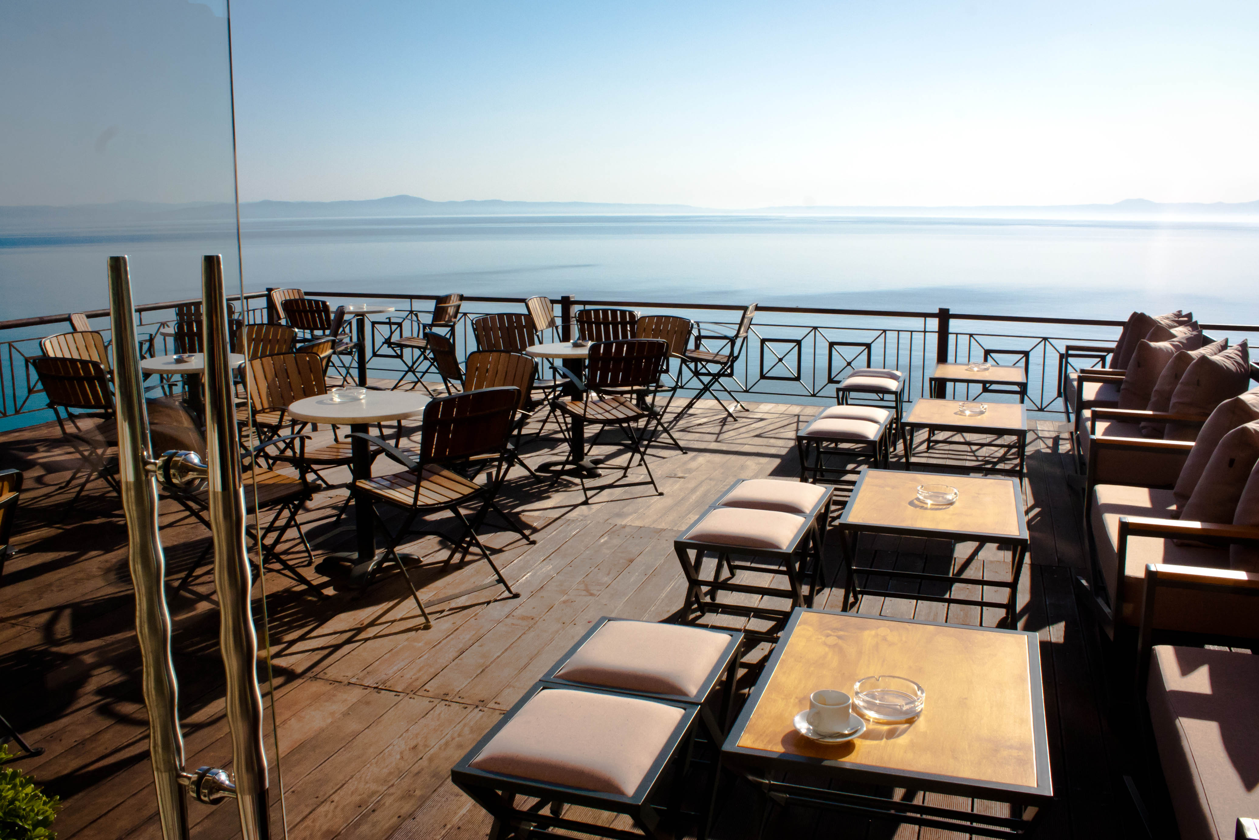 Luxury hotels in northern greece world on a fork for Terrace hotel