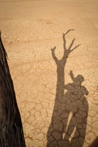 @iStefPayne catching her own shadow on the basement floor of Dead Vlei in the world's oldest desert: The Namib, Namibia in southwestern Africa
