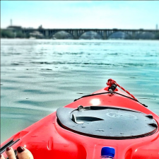@iStefPayne paddling the Potomac River from the Key Bridge Boathouse