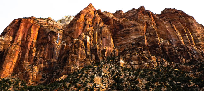 Towering red rocks at Utah's Zion National Park