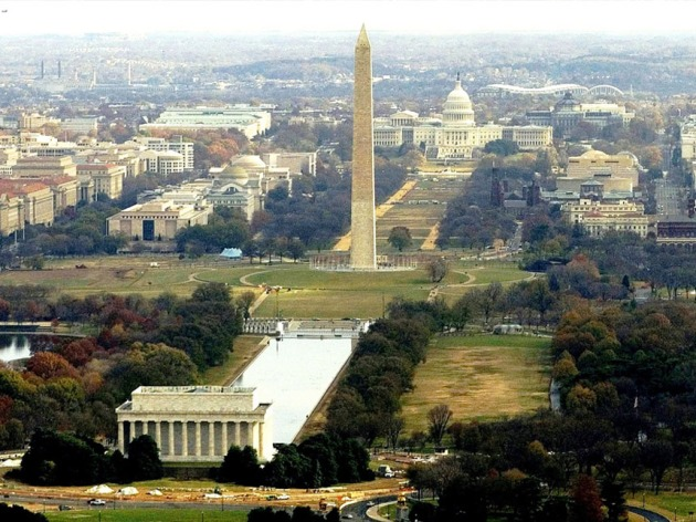 One of DC's most beloved places to run, ride and wander around the capital monuments (Credit: Wikimedia Commons)