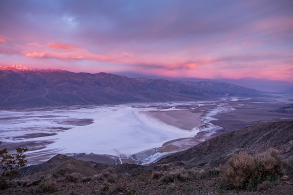 Dante's View overlooking Death Valley and the Black Mountains at sunrise. Photo credit: Stefanie Payne